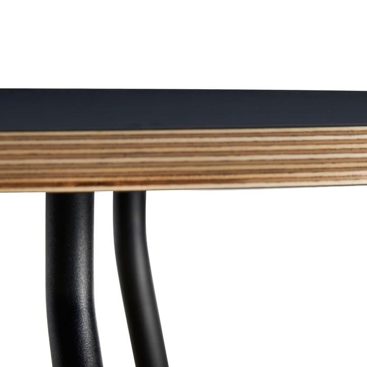 Soround Side Table mit Fenix Laminat