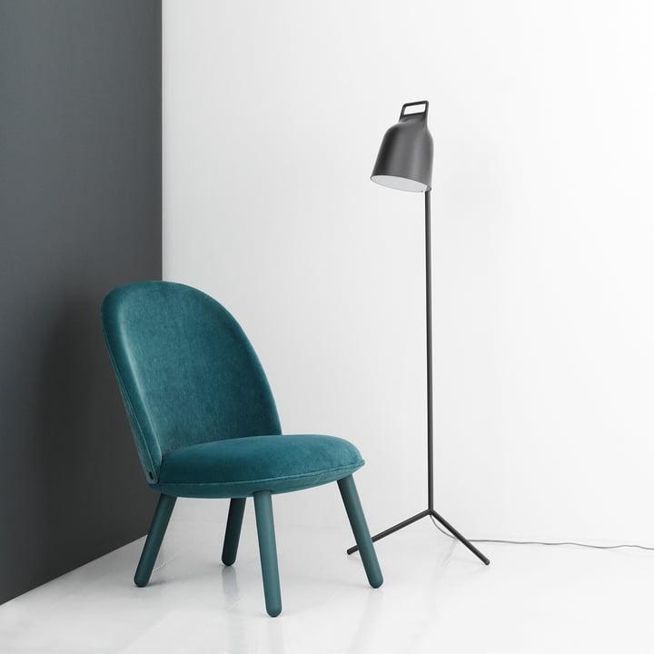 Stage Stehleuchte mit Ace Lounge Chair Velour