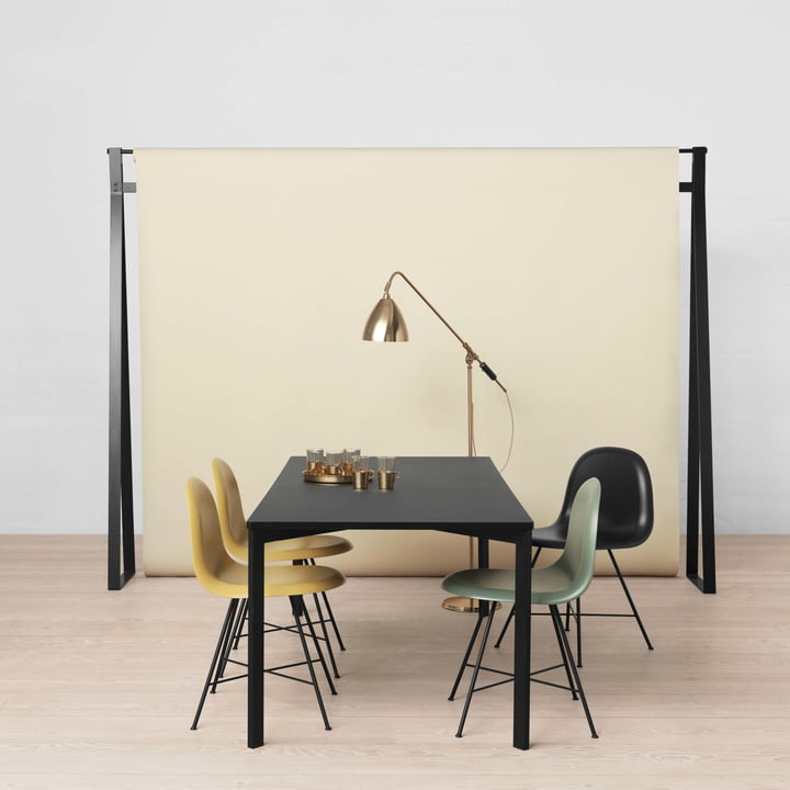 Y! Esstisch von Gubi mit den 3D Dining Chairs